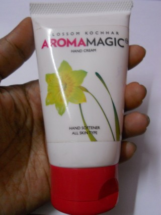 Blossom Kochar's Aroma Magic Hand Cream