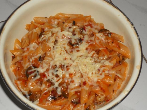Penne Pasta in arabiatta sauce(Mys Style)