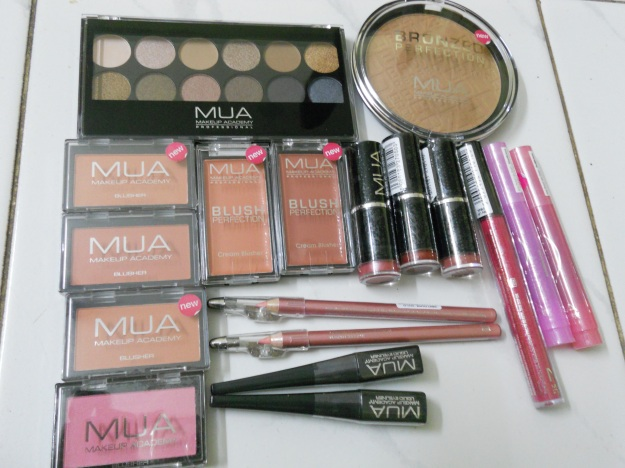 My MUA haul and meeting my blogger friends