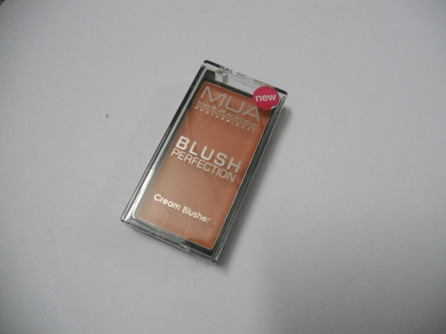 MUA cream blush Dolly