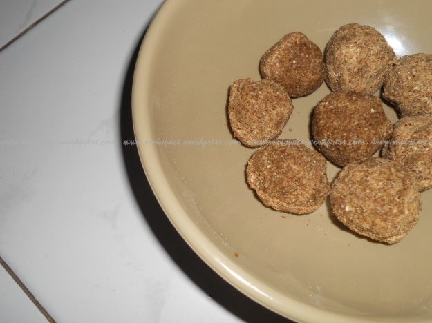 oats and flax seeds laddu